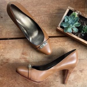 Talbots Tan Leather Heels with Gold Hardware